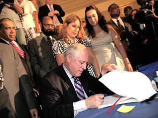 On July 13, Illinois Governor Pat Quinn signed into law the