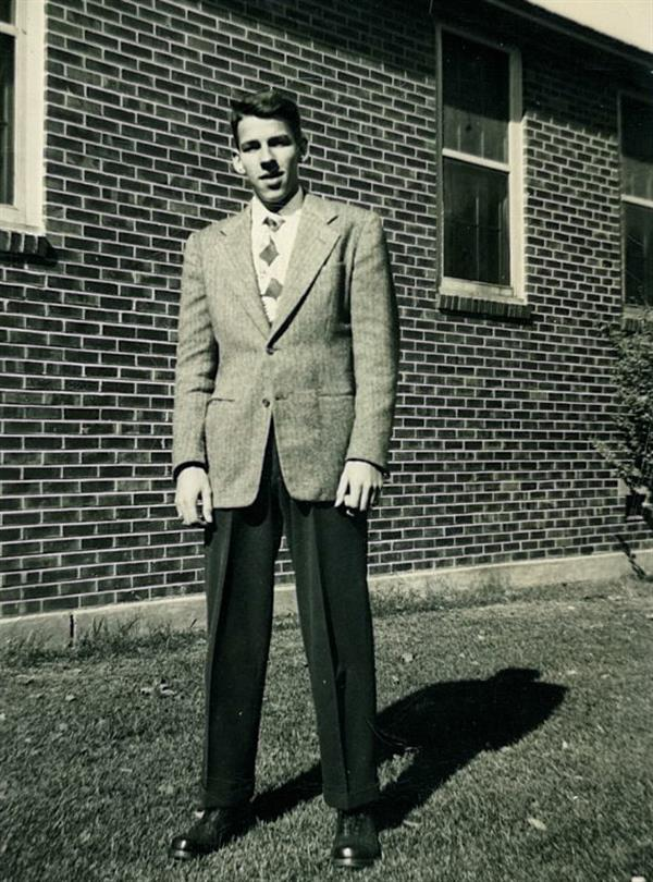 Wendell at the University of Illinois in 1948.