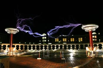 Giant Tesla Coil Concert on the back patio of Engineering Hall