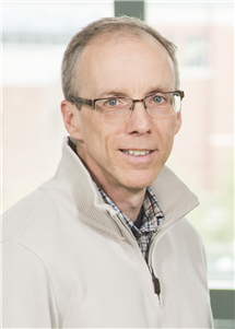 Jeffrey Moore has received the Stephanie L. Kwolek Award for exceptional contributions to the field of materials chemistry.