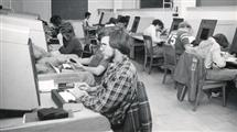 A PLATO lab in 1975, image courtesy of the University of Illinois Department of Physics.