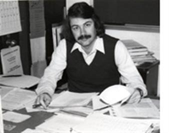Physics Professor Larry Smarr