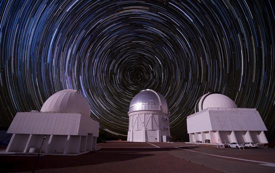 Composite picture of stars over the Cerro Tololo Inter-American Observatory in Chile. Photo: Reidar Hahn/Fermilab
