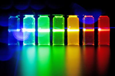 Illinois researchers are bringing their expertise in light-emitting quantum dots to the development of a new assay technology that could enhance prostate cancer outcomes.