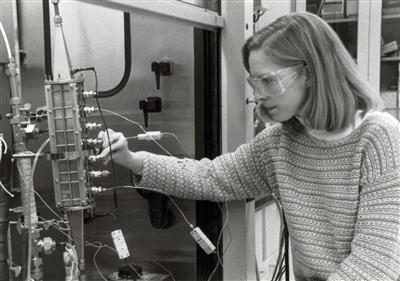 Setting up adsorption bed, 1998