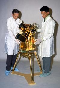 A young George Carruthers, right, with the far ultraviolet camera spectrograph he developed. Photo courtesy Naval Research Laboratory.