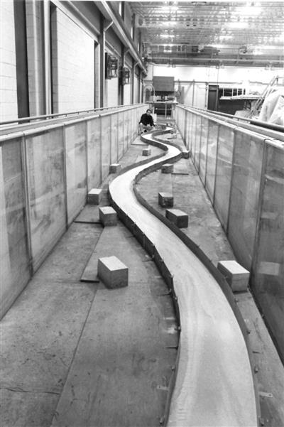 Lab model of a meandering river, 1992