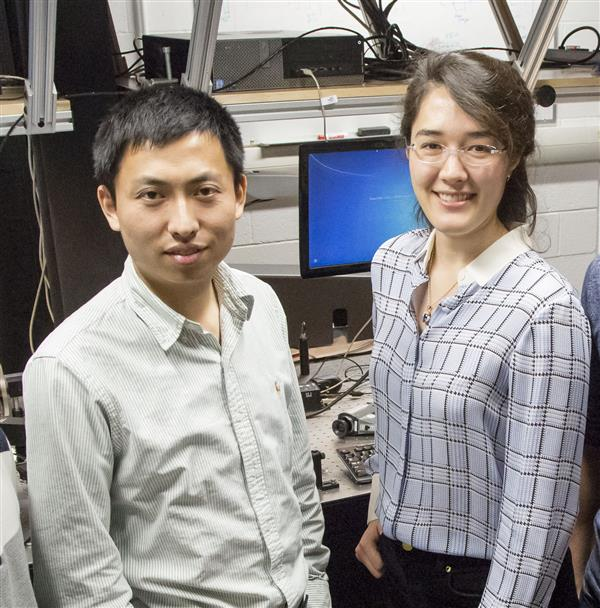 Researchers on this project are graduate student Bin Fang and principal investigator Virginia Lorenz, associate professor of physics. Photo by L. Brian Stauffer, University of Illinois at Urbana-Champaign
