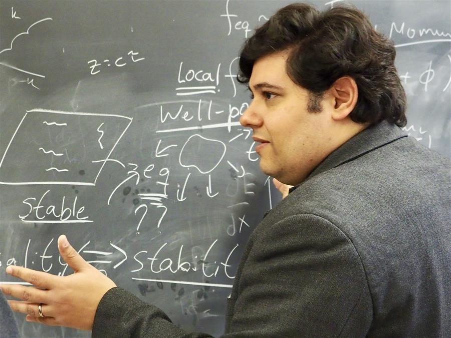 Professor Jorge Noronha explains the causality and stability properties of relativistic fluids.