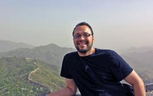 Google Group Product Manager and Illinois Computer Science graduate Paul Nash (BS CS '98), pictured along the Great Wall in China, says he benefited from his father's efforts to make sure he had access to educational opportunities, and wants to make sure others have the same access.