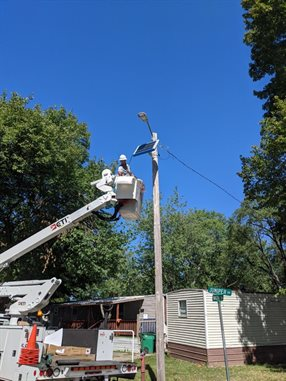 Installation of new wifi equipment in Shadowwood