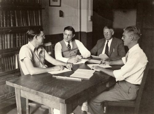 Researchers gather for a conference in Talbot Lab, 1939