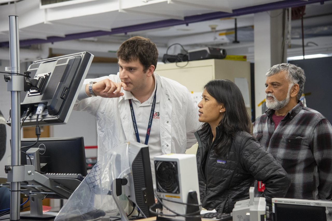 Illinois ECE MiMi Aung (BSEE '88, MS '90) works as the project manager for NASA's Ingenuity helicopter. Photo credit to NASA's Jet Propulsion Laboratory