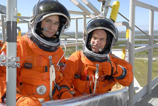 Archambault with CJ Sturkow training for their STS 117 NASA mission in 2007.