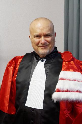 "Marc Snir at the École Normale Supérieure de Lyon in Lyon, France, which awarded him with an honorary doctorate ""for academic achievements in the field of parallel and high-performance computing."""